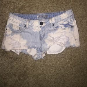 Decree | Acid Wash | Bleached | Short booty shorts